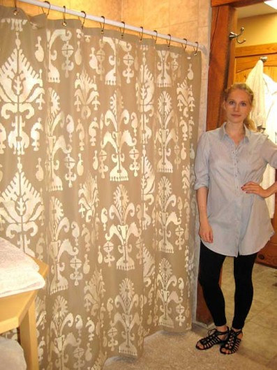 DIY Stenciled shower curtain