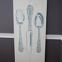 Stenciling Kitchen Decor using the Bon Appetit Stencil
