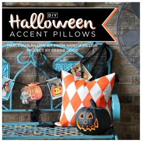 Paint-A-Pillow shares a Halloween DIY stenciled accent pillows using the Harlequin Stencil. http://paintapillow.com/index.php/harlequin-paint-a-pillow-kit.html