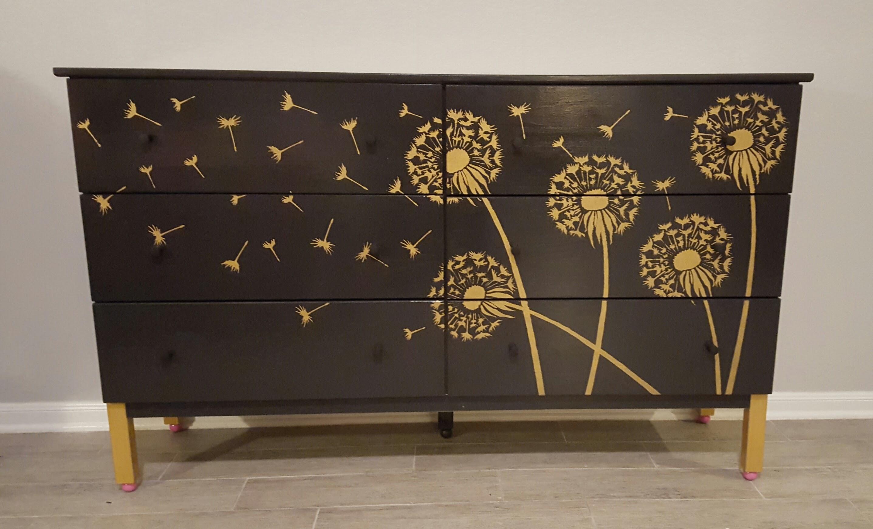 Как сделать своими руками трафареты для декора стен и мебели? 56