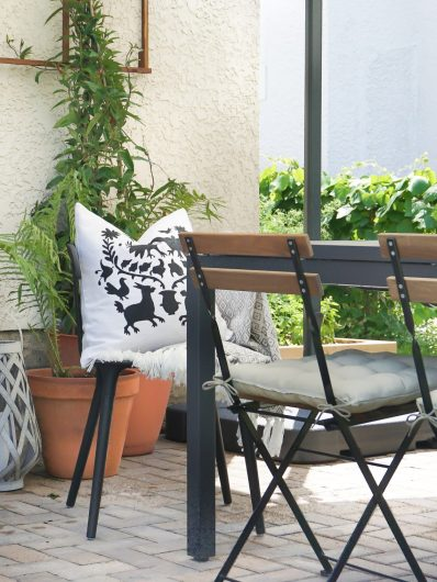 A stenciled custom accent pillow using the Otomi Pillow Stencil, a popular Mexican textile pattern, from Cutting Edge Stencils. http://www.cuttingedgestencils.com/otomi-stencil-for-pillow-kit.html