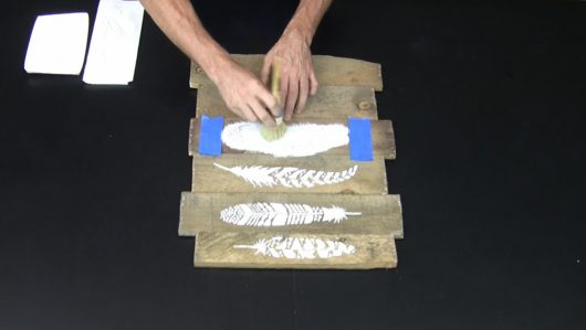 A tutorial to learn how to craft DIY art using a wood pallet and the Feathers 6 piece stencil kit from Cutting Edge Stencils. http://www.cuttingedgestencils.com/feathers-stencil-design-boho-tribal-indian-feather-stencils.html