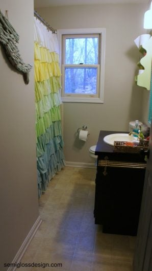 A bathroom before its stenciled makeover. http://www.cuttingedgestencils.com/coral-stencil-pattern-beach-decor.html