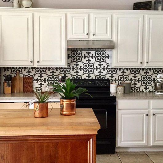 Fabiola Tile Stencil Diy Stenciled Kitchen Backsplash