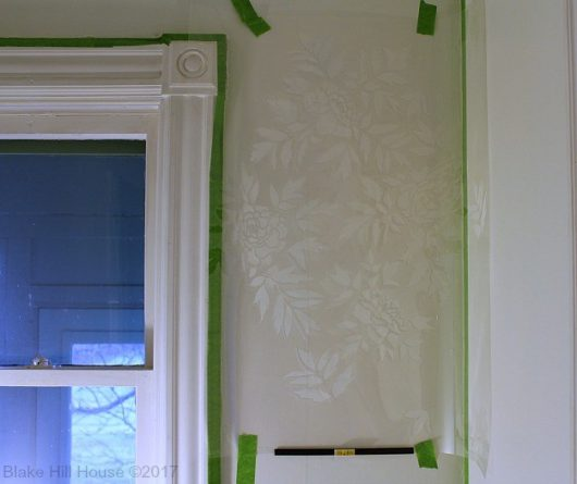 Learn how to stencil a floral accent wall using the Japanese Peonies Allover Stencil from Cutting Edge Stencils. http://www.cuttingedgestencils.com/japanese-peonies-floral-stencil-pattern.html