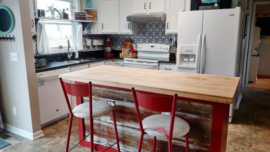 A DIY Stenciled Faux Tile Kitchen Backsplash Using The Fabiola Tile Stencil  From Cutting Edge Stencils