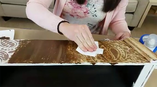 Learn how to make and stencil a rustic farmhouse centerpiece using the Paisley Craft Stencil from Cutting Edge Stencils. http://www.cuttingedgestencils.com/paisley-pattern-craft-stencils-for-home-decor-projects.html