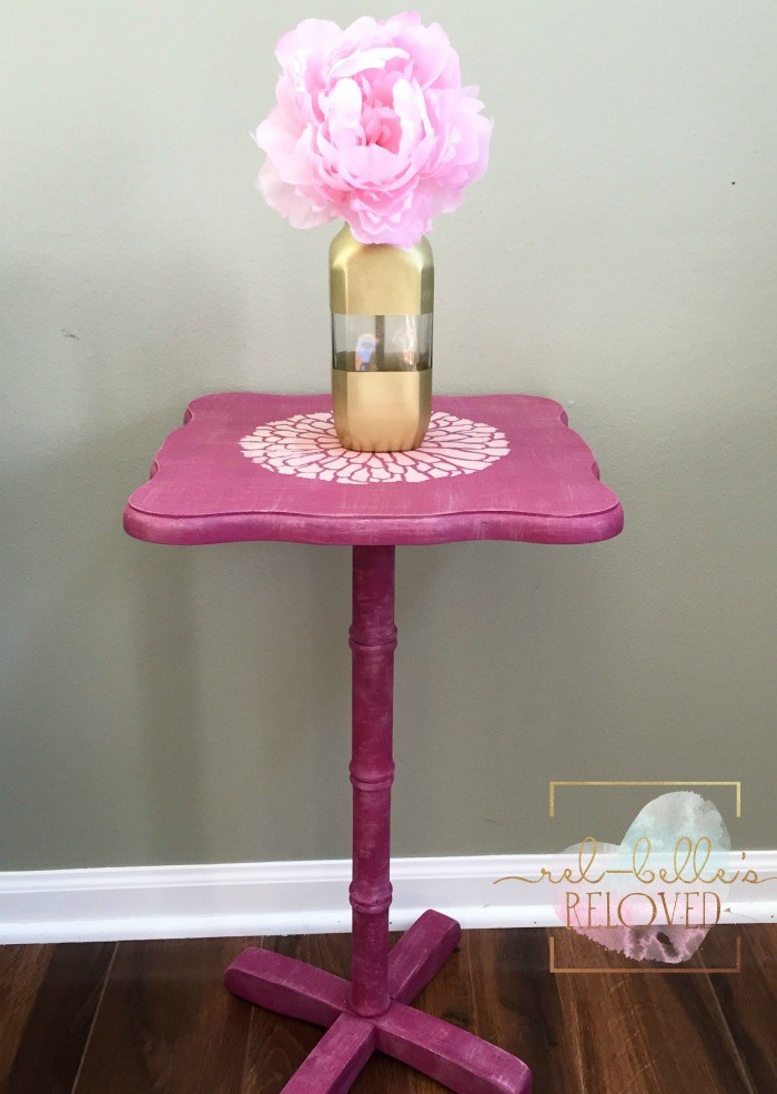 A pretty pink DIY painted and stenciled side table using the Summer Blossom Flower Stencil from Cutting Edge Stencils. http://www.cuttingedgestencils.com/flower-stencils-summer-blossom-floral-wall-stencil-design.html