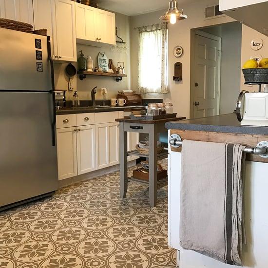 Stenciled Faux Tiled Floor Kitchen Diy