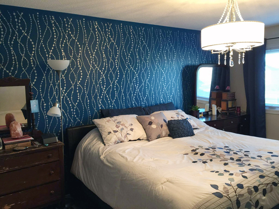 A beautiful blue and metallic silver bedroom makeover with a DIY stenciled accent wall using the Pearls Allover wall stencil from Cutting Edge Stencils. http://www.cuttingedgestencils.com/pearls-stencil-pattern-pearl-wallpaper-stencils-modern-design.html
