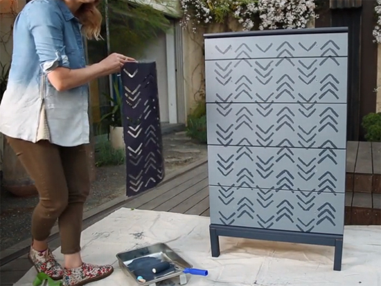Learn how to stencil a plain pine dresser using the Kuba Chevron Stencil designed by Kim Myles from Cutting Edge Stencils. http://www.cuttingedgestencils.com/kuba-chevron-stencil-kim-myles.html