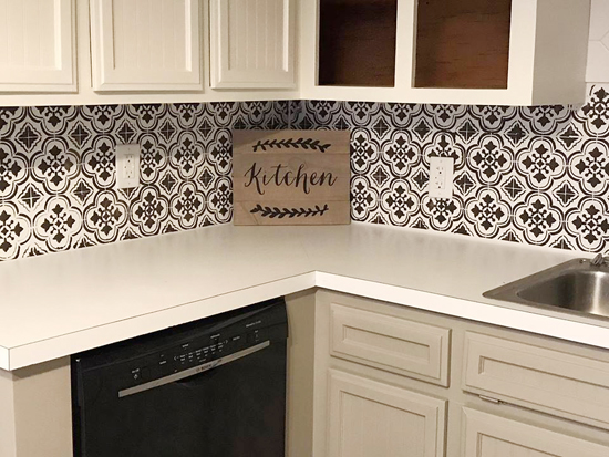 Kitchen Backsplash Edge stencils add style and drama to a kitchen backsplash « stencil stories