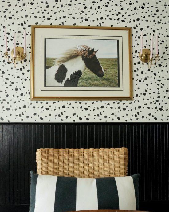 leopard-spot-wall-stencil-diy-stenciled-dining-room-wallpaper-gold
