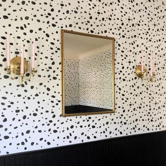 leopard-spot-wall-stencil-diy-stenciled-dining-room-wallpaper-stenciling