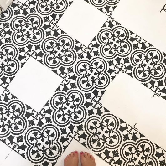Learn how to stencil a bathroom tile floor using the Augusta Tile Stencil from Cutting Edge Stencils. http://www.cuttingedgestencils.com/augusta-tile-stencil-design-patchwork-tiles-stencils.html