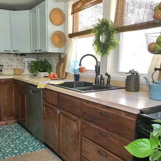 Learn how to stencil an old kitchen floor using the Santa Ana Tile Stencil from Cutting Edge Stencils. http://www.cuttingedgestencils.com/santa-ana-tile-stencil-spanish-tiles-cement-tile-patterns.html