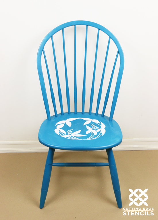 Learn how to paint and stencil ombre kitchen chairs using a flower stencil from Cutting Edge Stencils. http://www.cuttingedgestencils.com/japanese-flower-stencil.html