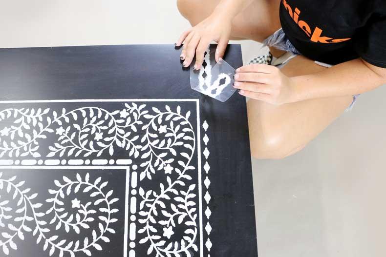 stenciled ikea table inlay border align