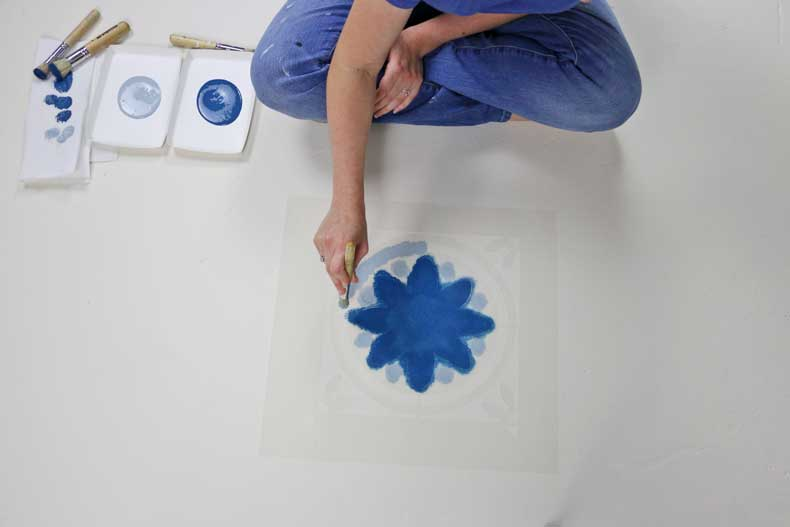 simple stenciled tile floor stencil circle