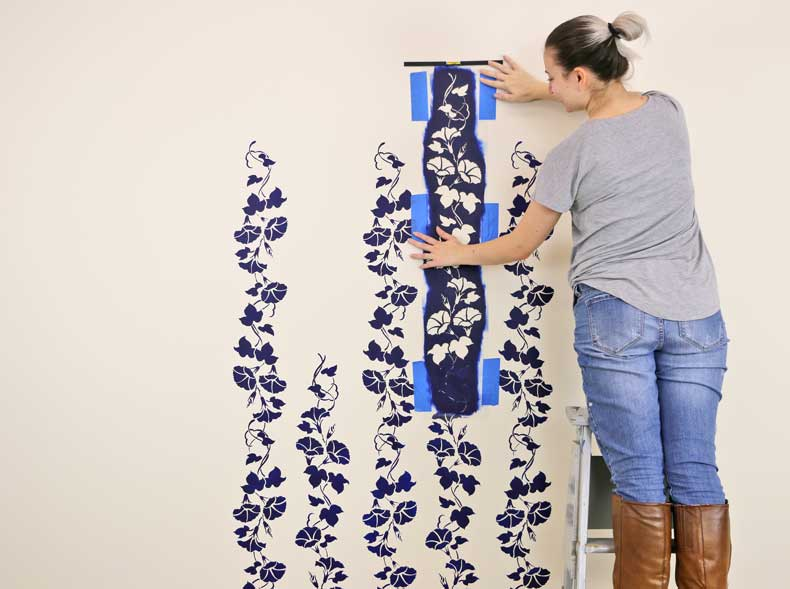 stencil floral feature wall continue alignment