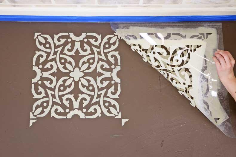 aligning tile stencil