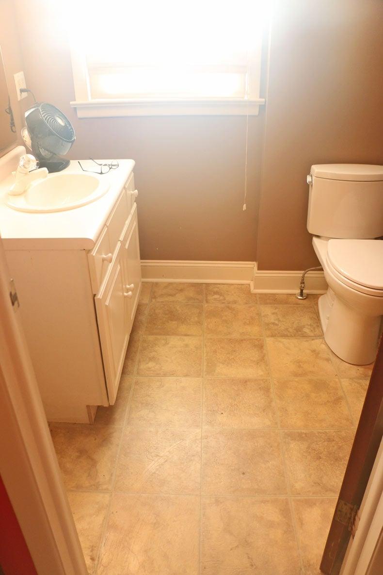 Linoleum tile floor in bathroom makeover