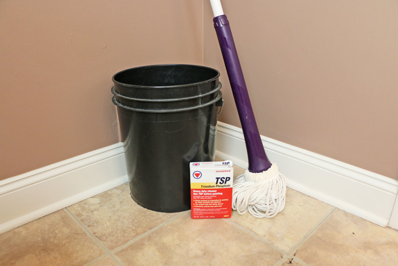 TSP floor cleaner with mop and bucket